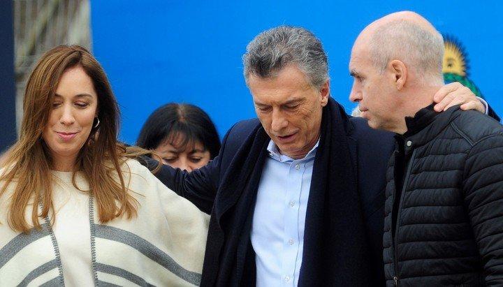 """Entre los """"sin grieta"""", Vidal y Larreta tiene la imagen positiva más alta (41%) y Macri la más baja (24%)."""