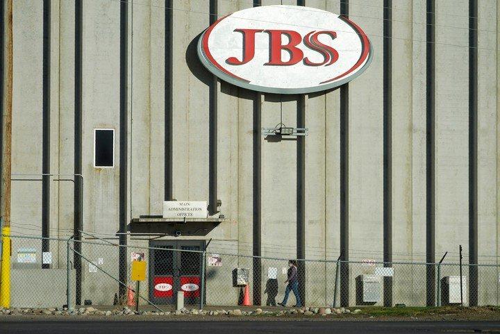 El productor de carne tuvo que pagar 11 millones de dólares.  (AP)