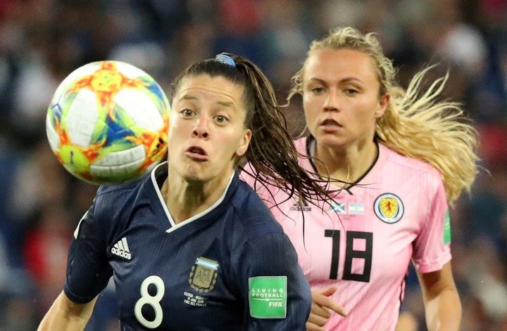 Ruth Bravo en el partido en el que Argentina perdió ante Escocia 1-0, el 19 de junio de 2019 Foto: REUTERS / Lucy Nicholson