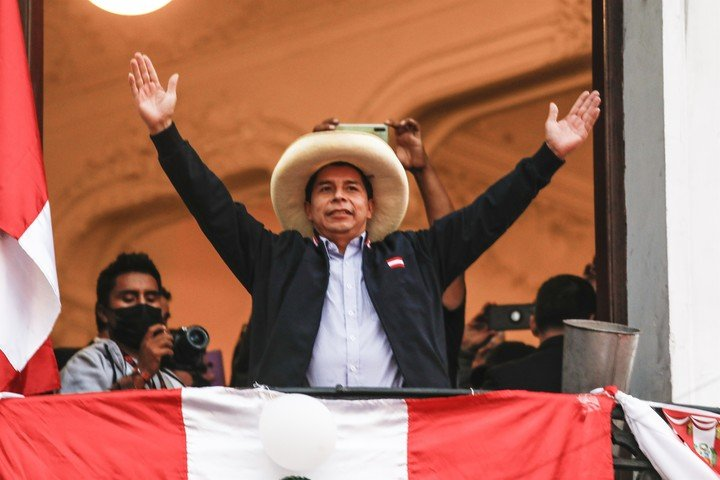 Pedro Castillo lidera el recuento provisional de las elecciones en Perú.  Foto DPA