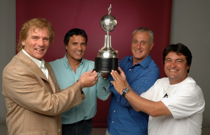 Gordillo (derecha) con Veira, Enrique y Alonso.