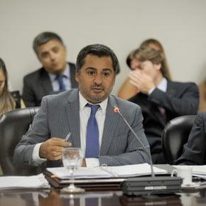 Líder del AK investigará la denuncia contra el juez Gustavo Hornos por sus encuentros con Mauricio Macri