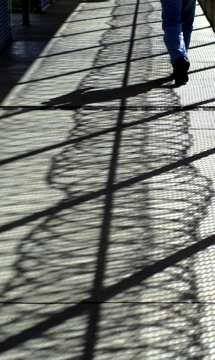 A diferencia de las cárceles de máxima seguridad, las cárceles no tienen vallas ni detectores de metales.  Foto: AP