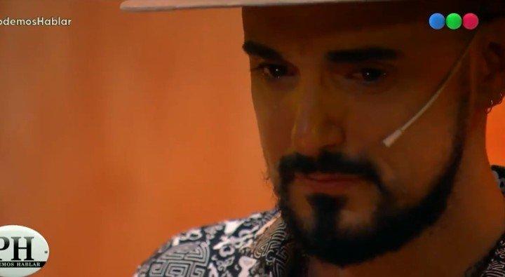 Abel Pintos, con lágrimas en los ojos al relatar un triste episodio de su infancia.