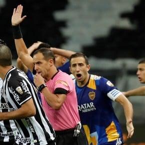 """La dura declaración de Boca: """"traicioneramente herido"""""""