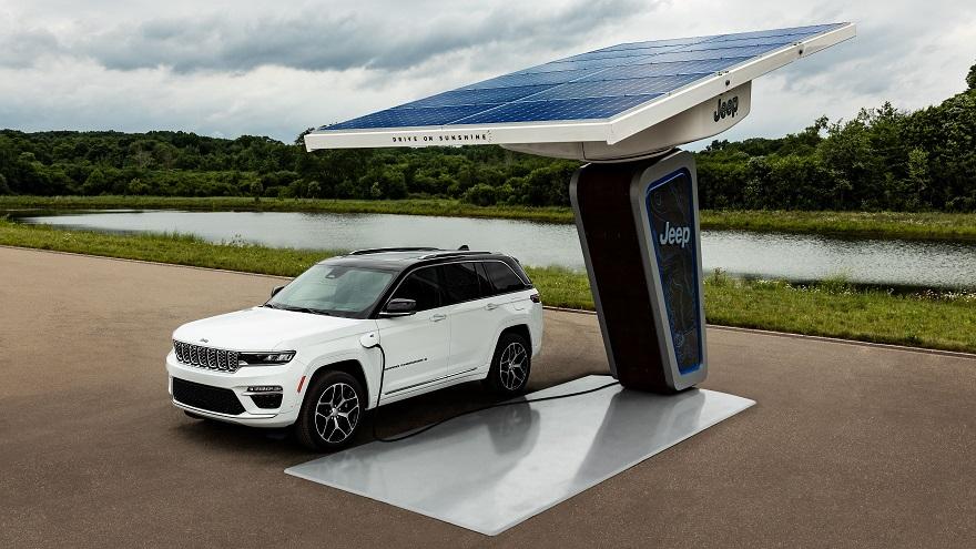Electrificación, presente y futuro del Jeep.