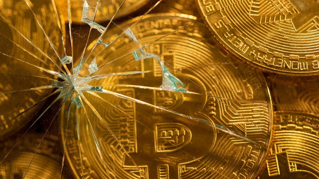 """""""Es un mercado peligroso"""": Financiero advierte sobre invertir en acciones y bitcoins"""