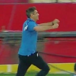 La loca celebración de Pellegrino cuando Vélez llegó a cuartos de final