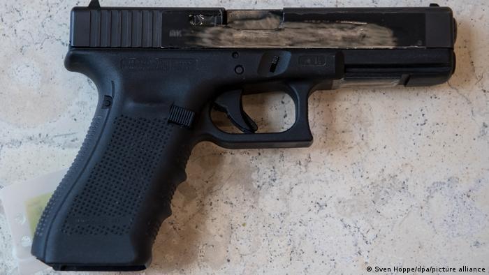 Alemania, Munich    Arma homicida OEZ