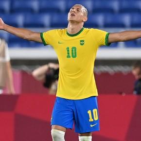 Richarlison post tras su hat trick contra Alemania