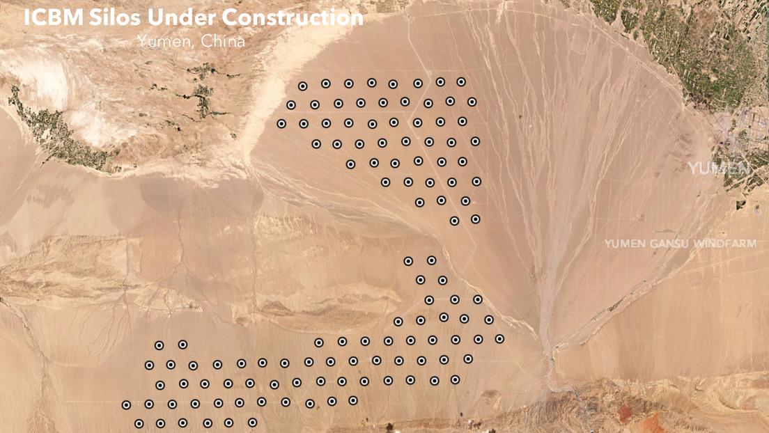 Imágenes de satélite muestran que China está construyendo más de 100 nuevos silos de misiles en el noroeste del país.