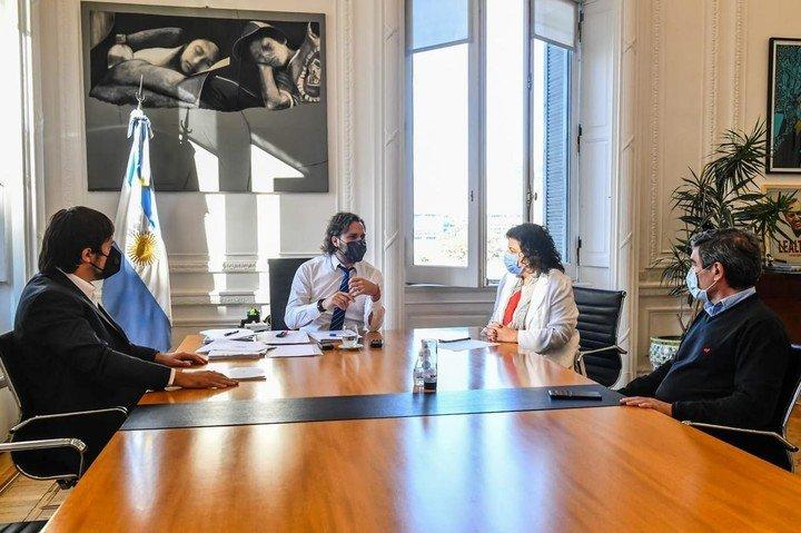 Ministros Kreplak y Quirós en una reunión en la Casa Rosada en agosto.  Foto: Presidencia