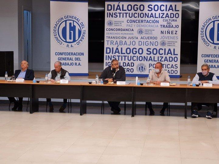El liderazgo de la CGT, este miércoles en un encuentro en la UOCRA.