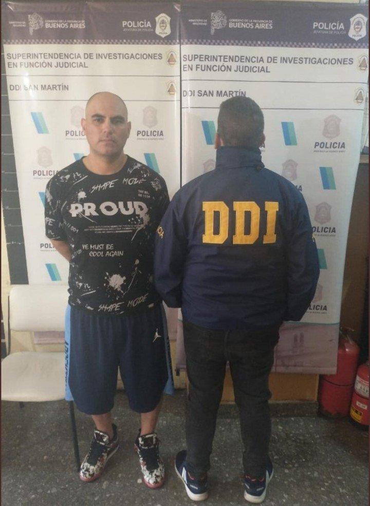 Carlos Damián Cassalz (39), detenido cuando iba a votar.  Es uno de los acusados del feminicidio de Araceli Fulles.