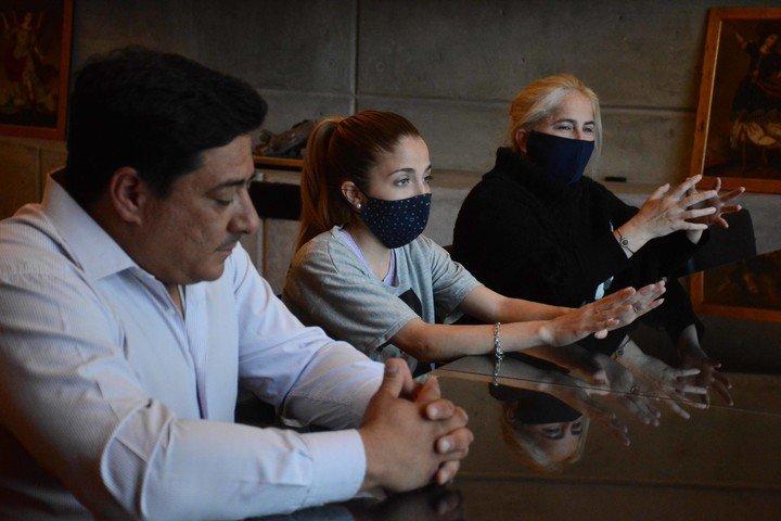 """Familia de Néstor """"Lito"""" Costilla.  Foto Mauricio Nievas."""