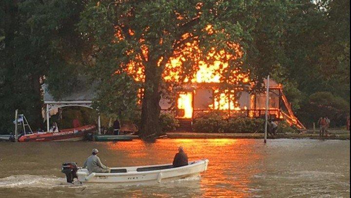 En marzo de 2016, un incendio dejó la casa tigreña de Vitico reducida a cenizas. Foto clarin.com