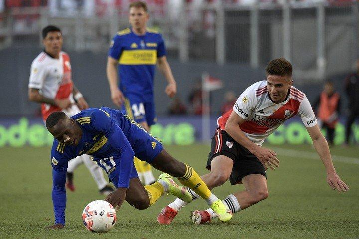 Palavecino jugó un papel decisivo en la acción 1-0 en el superclásico.  AFP.