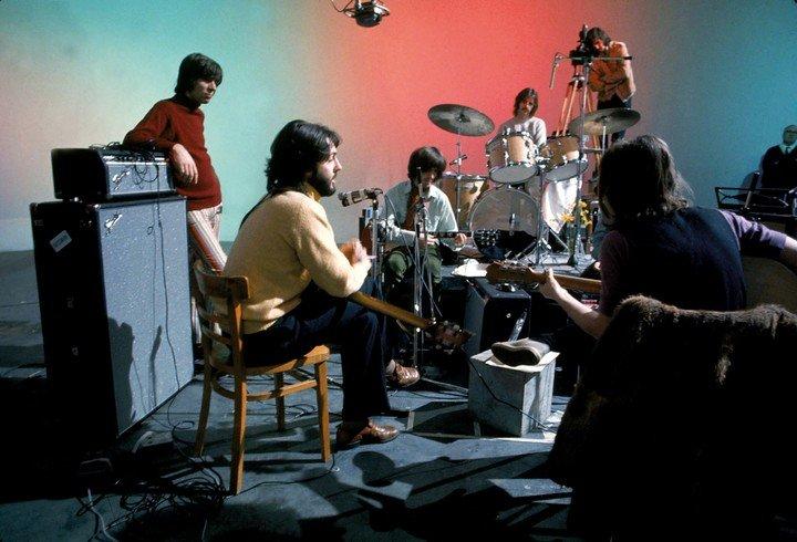 Los Beatles, en un retrato íntimo realizado por Peter Jackson.